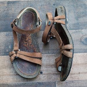 Teva Sandals Sz 8